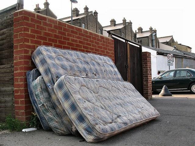 old-mattress-dumped-e1434330825387.jpg
