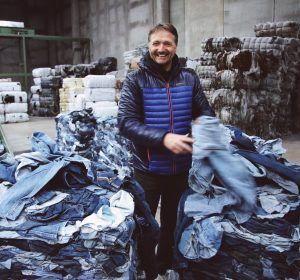 page-41-factory1bert-van-son-mud-jeans-420x280.jpg