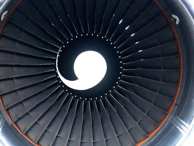 pratt-whitney-pw4000-jet-engine.jpg