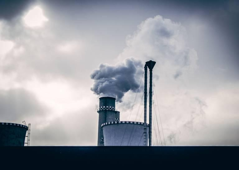 smoke-chimney-industrial-29465-1.jpg