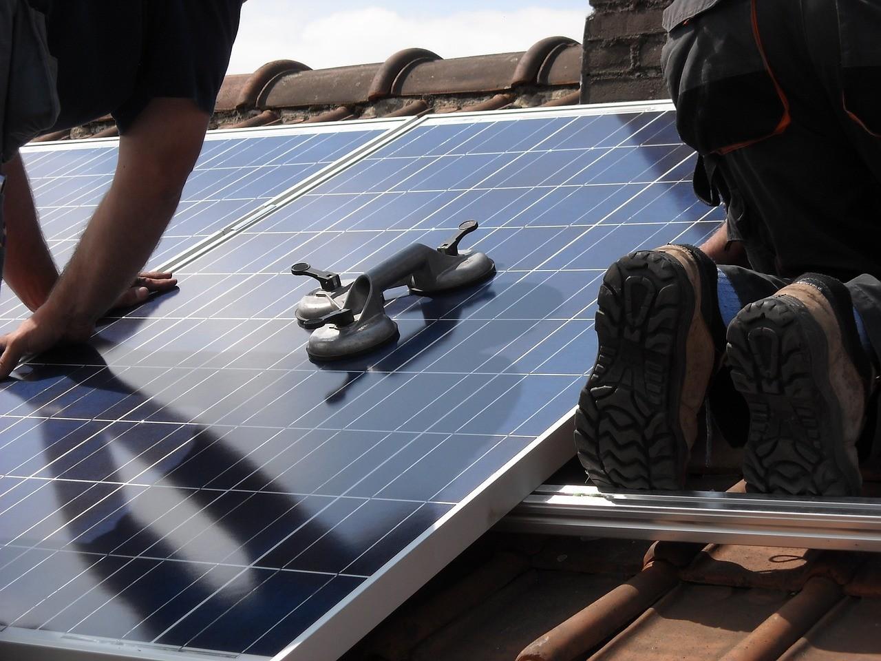 solar-panels-944002_1280.jpg