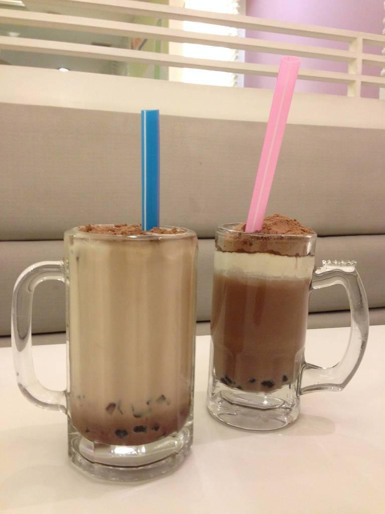 straw_bubble_tea_johnong.jpg