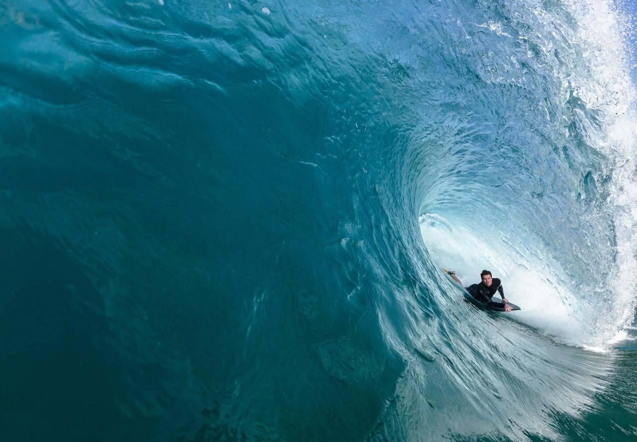 surfer-tube_chris-van-lennep-small.jpg