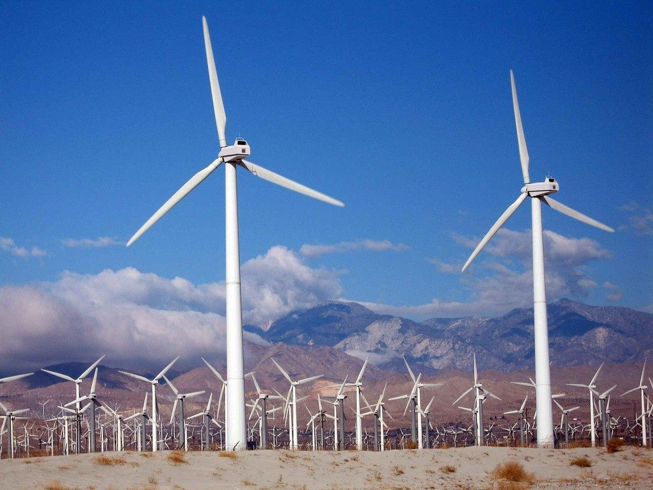 turbines-387282_1280.jpg