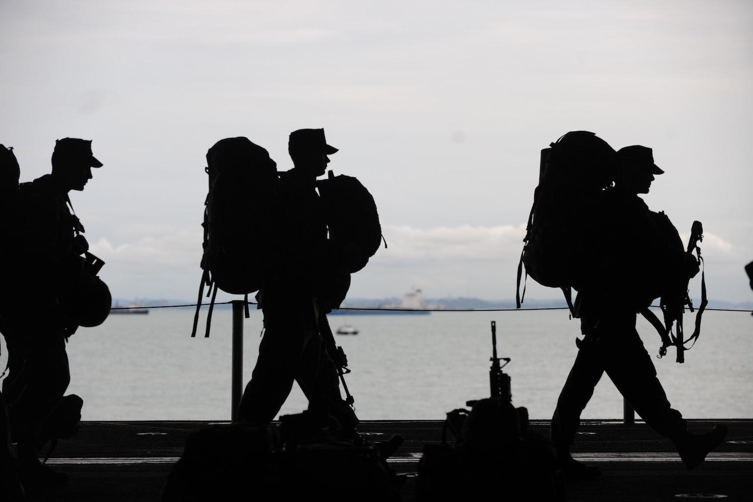 退伍军人的一天军事和平转移权力