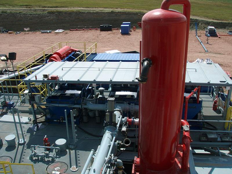 williston-Shale_Shakers_fracking_Joshua_Doubek.jpg