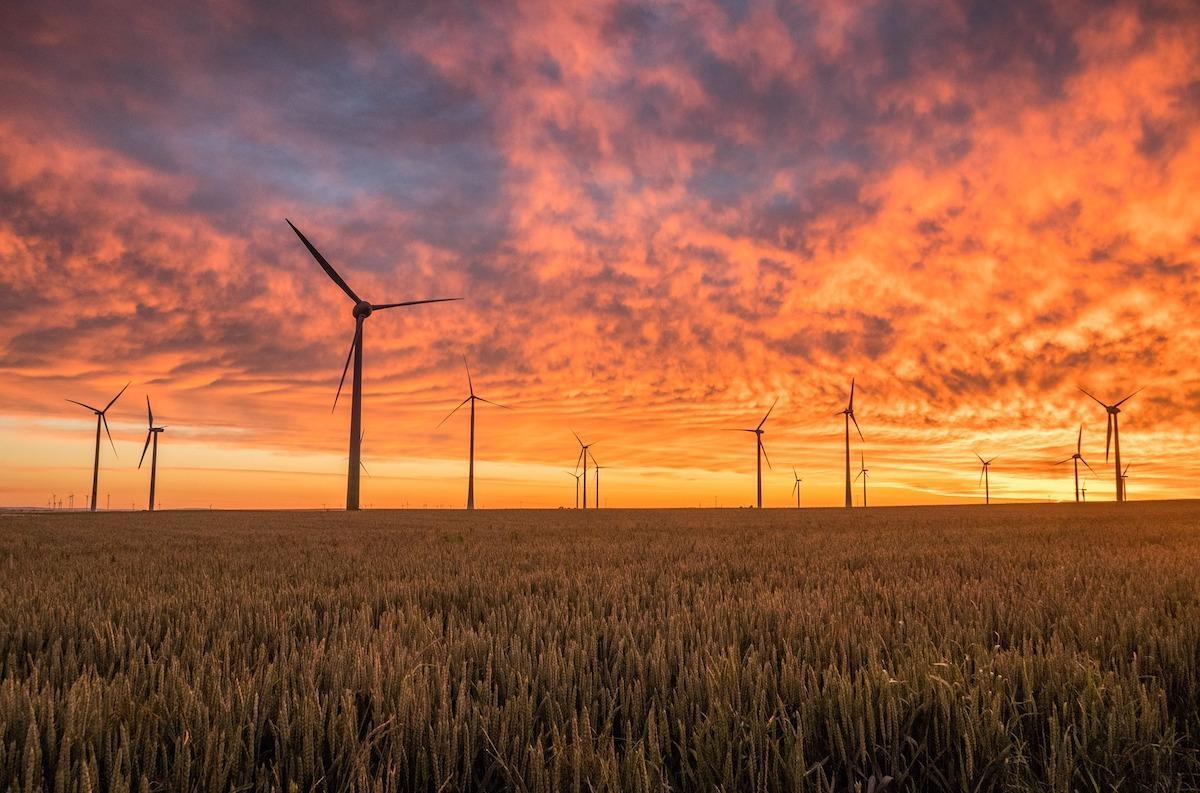 windmills-pixabay.jpg
