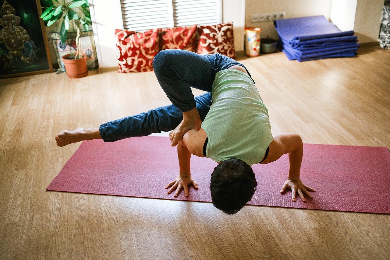 yoga-1146281_1280.jpg